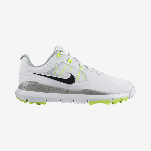 I found it slightly ironic that Nike would launch its new men's golf shoe, called Lunar Control (Limited Edition), just days after the Space Shuttle was