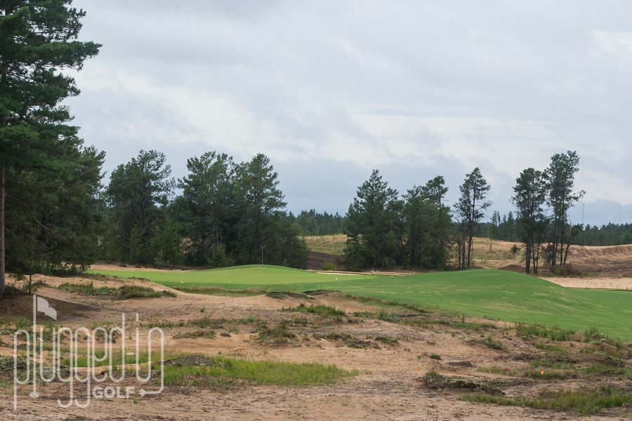 Lots of room to the right on #3, and the mound will feed the ball back to the green.