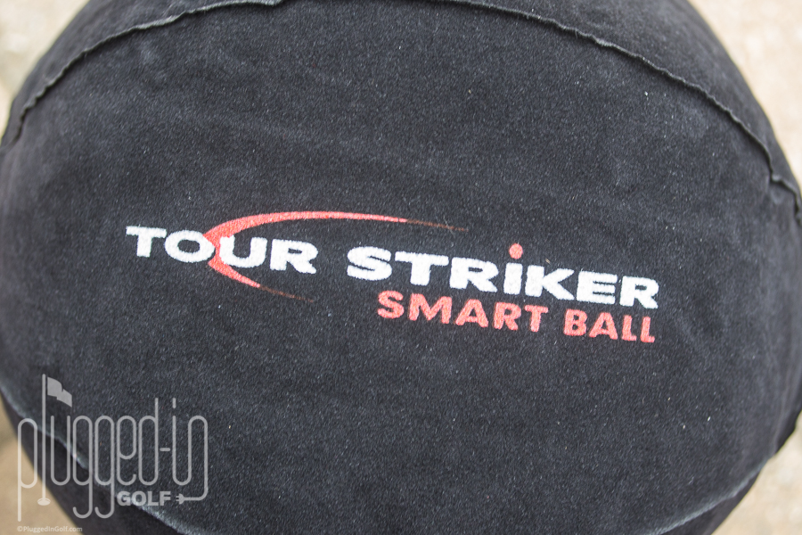 Tour Striker Smart Ball_0060